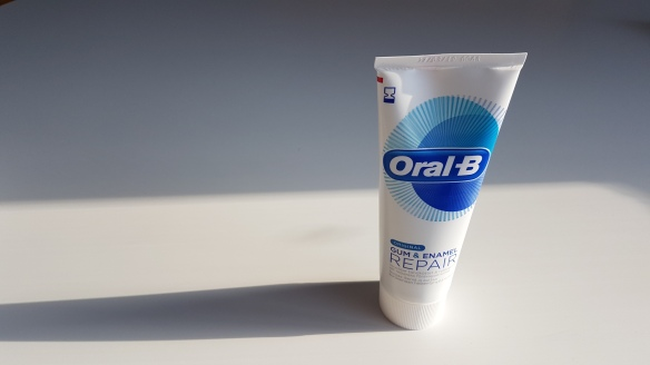 Oral-B Gum & Enamel Repair Original Toothpaste Review